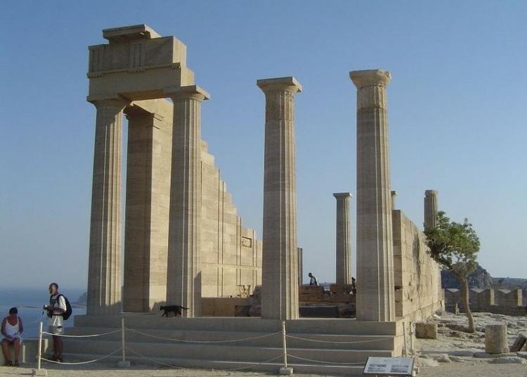 Ρόδος: Η ιστορική Ακρόπολη της Λίνδου