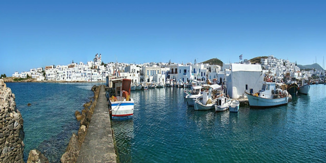 Paros: picturesque, cosmopolitan Naoussa