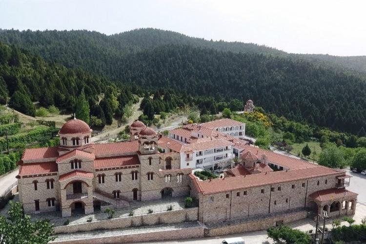 Η μονή που την αποκαλούν «Άγιον Όρος της Πελοποννήσου»