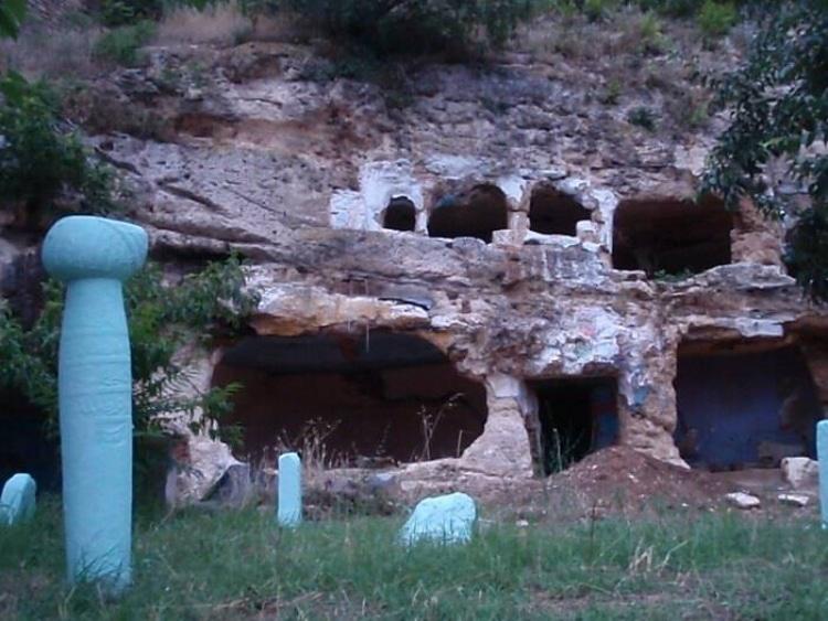 Ποια είναι η ελληνική «Καππαδοκία» με τα υπόσκαφα1