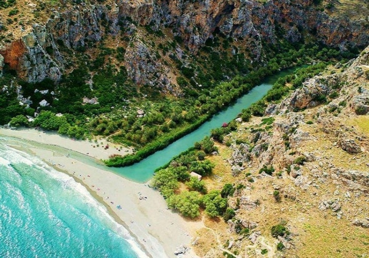 The Greek beach that looks like an African oasis1