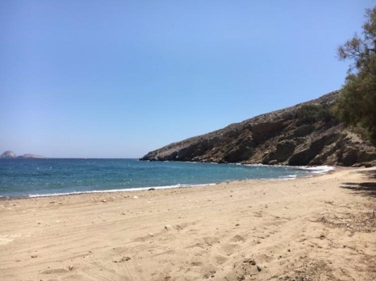 A beach... like a Meadow in the distinct Folegandros1