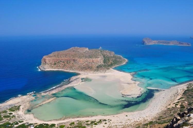 Πέντε ελληνικές παραλίες με νερά σαν της Καραϊβικής