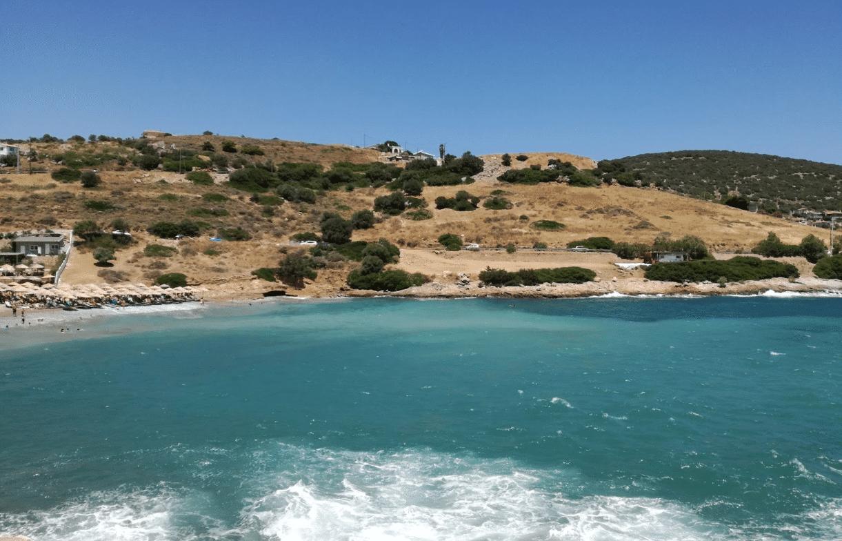 Τέσσερις παραλίες στην Αττική με ζεστά νερά1