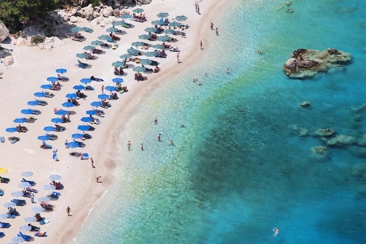 Κάρπαθος: Διακοπές στο νησί με τις 100 παραλίες1