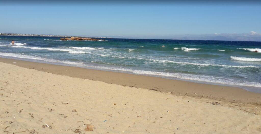 Παραλία Παναγίας Γιατρίσας: Η άγνωστη ακτή 50 λεπτά από την Αθήνα1
