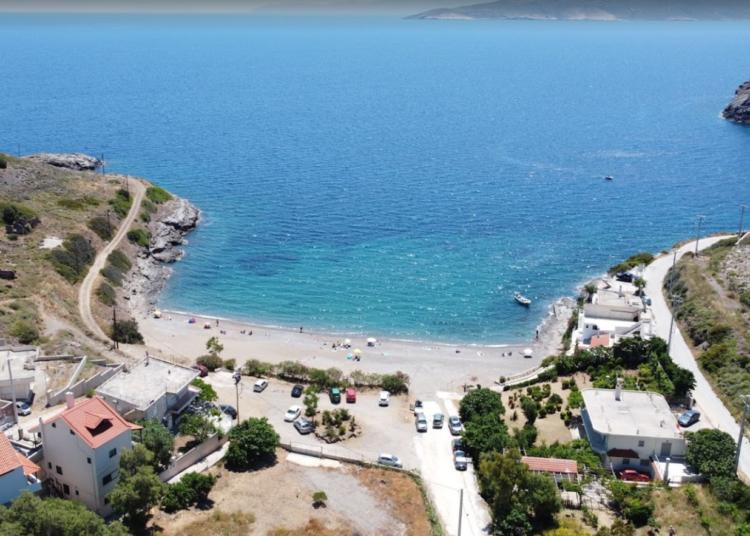 Τέσσερις ήσυχες παραλίες κοντά στην Αθήνα2