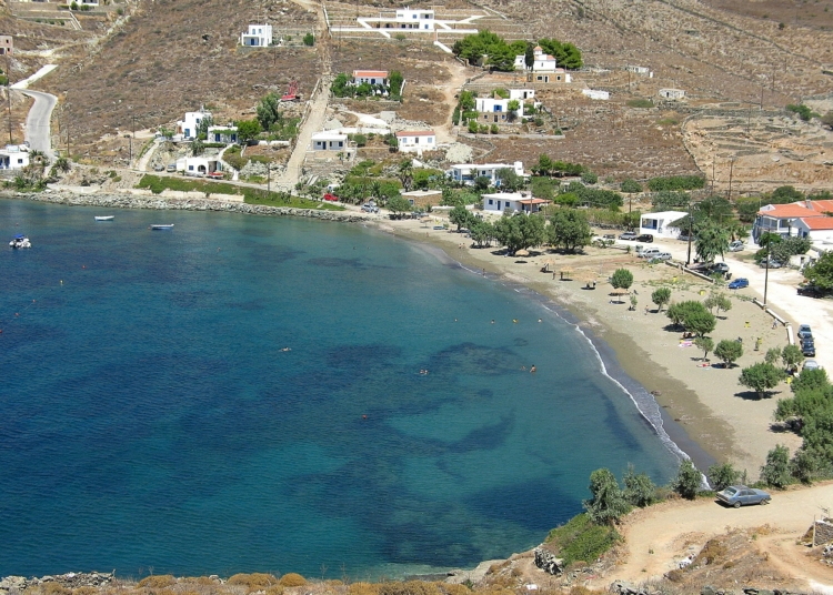 Kythnos: The economic island for unforgettable holidays