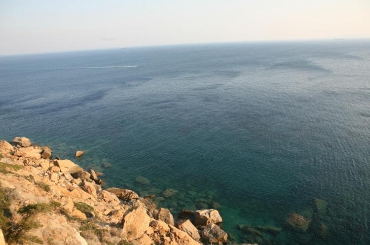 Παραλία Χρηστέα: Η ήσυχη και άγνωστη της Αττικής1