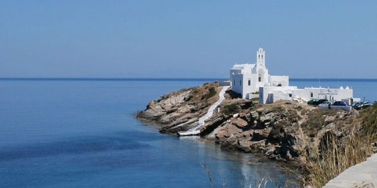 Five reasons to go to Sifnos for a holiday