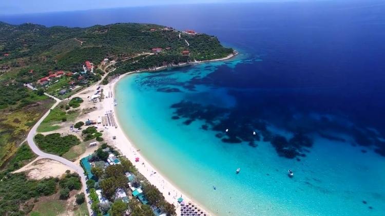Οι περιοχές της Ελλάδας που σήκωσαν το βάρος του φετινού τουρισμού