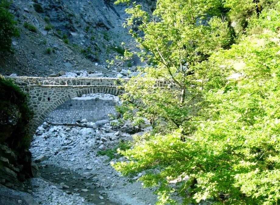 Μελισσουργοί Τζουμέρκα γεφύρι Κοφερίτας