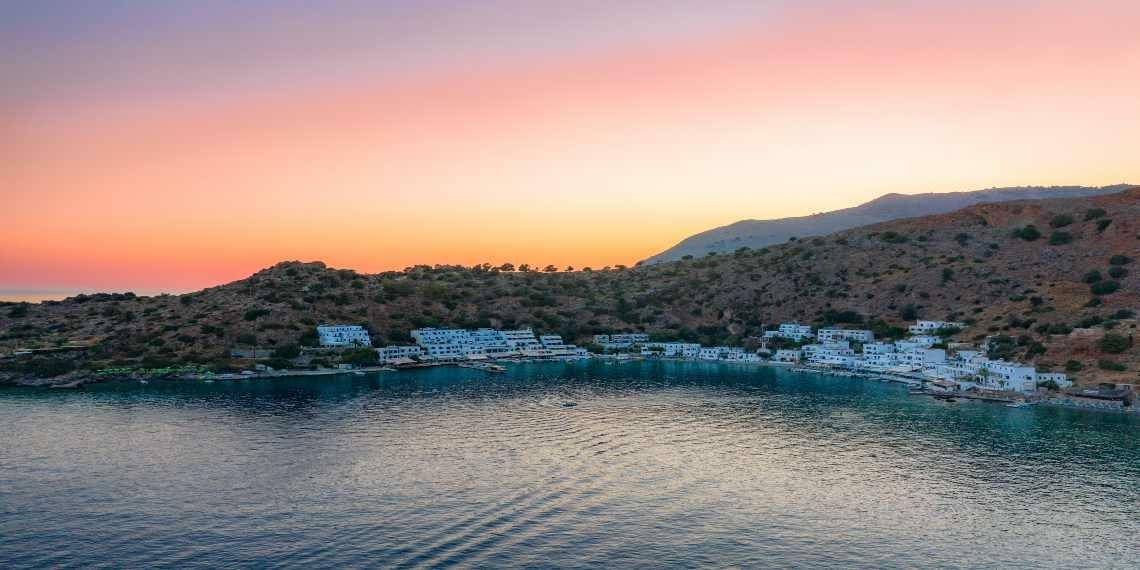 Το ελληνικό χωριό που… δεν έχει δρόμους!