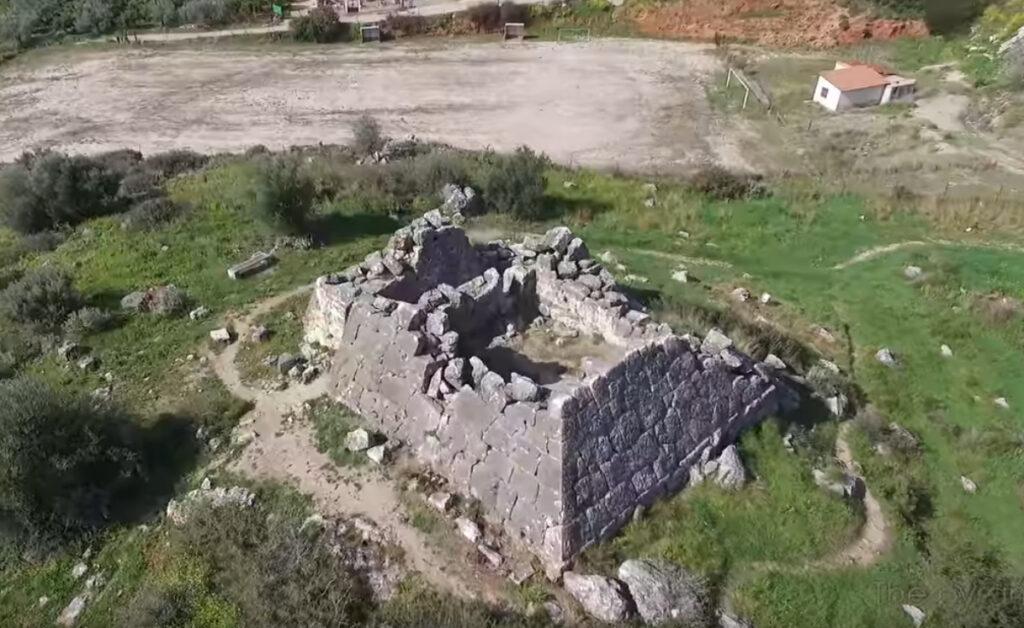 Πυραμίδα Άργους
