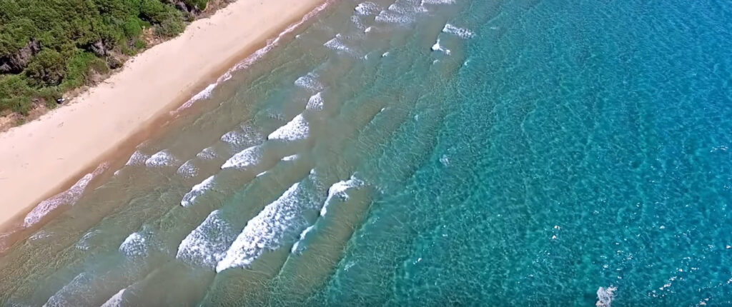 παραλία Χρυσή Ακτή